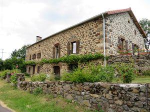 Une des maisons du hameau