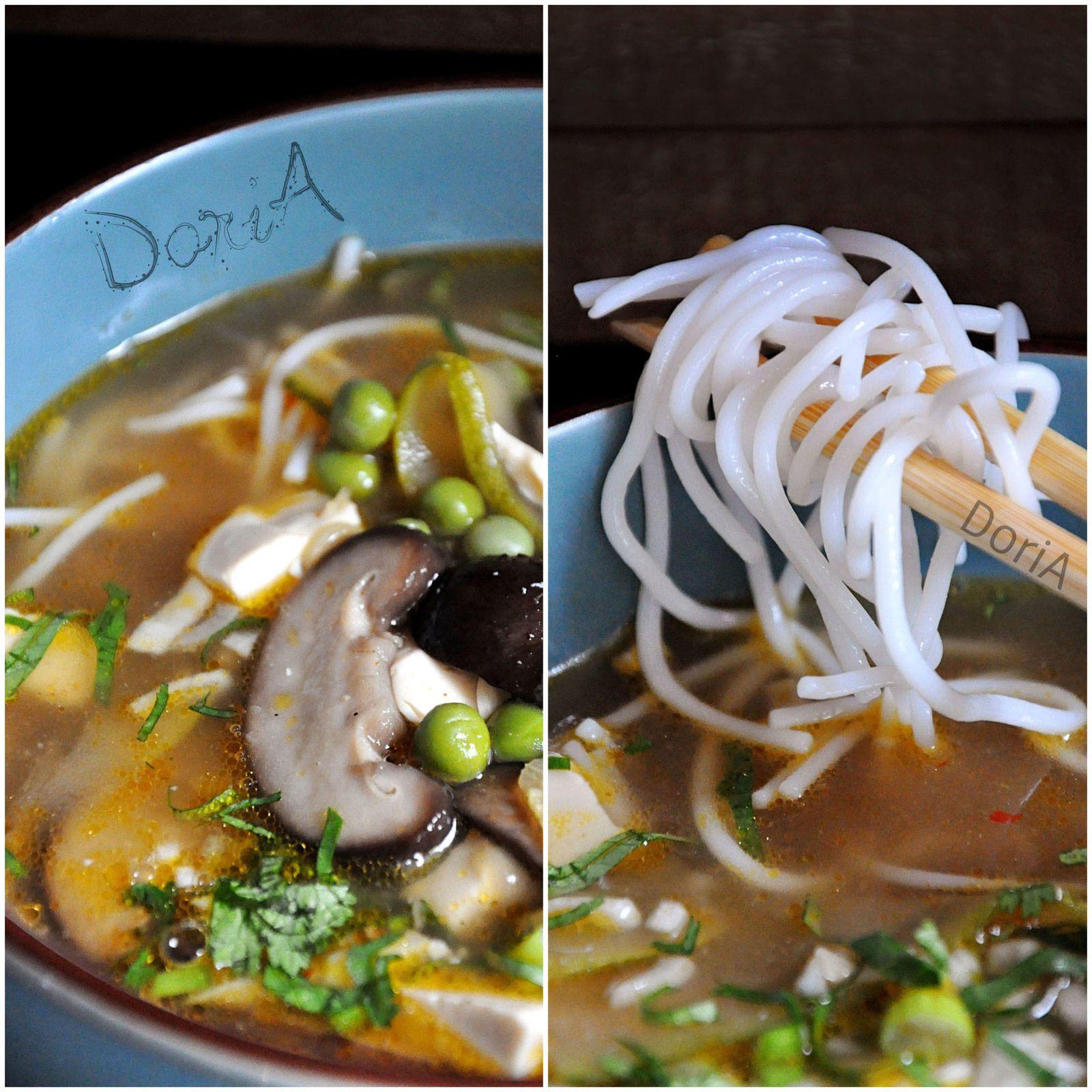 Soupe chinoise aux schiitakes et tofu soyeux
