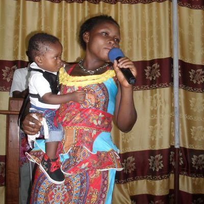 TEMOIGNAGE DE PUISSANCE : enfanté  normale sans césarienne avec l'aide de Dieu.