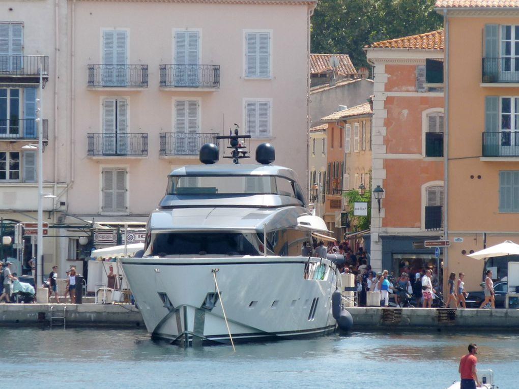LISI  III , a quai dans le port de Saint Tropez le 08 aout 2018