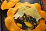 Pâtisson farci aux légumes d'automne (blette, chou rave, oignon) et comté