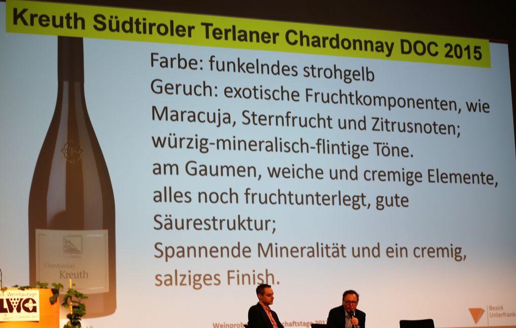 Beim Chardonnay-Wettstreit dagegen wurde im Saal von der Mehrheit der TED-Abstimmenden der mit 20 Euro teuere Kreuth Südtiroler Terlaner Chardonnay DOC 2015 dem 14 Euro teuren Iphofer Kronsberg Chardonnay Alte Reben 2015 von Hans Wirsching vorgezogen.