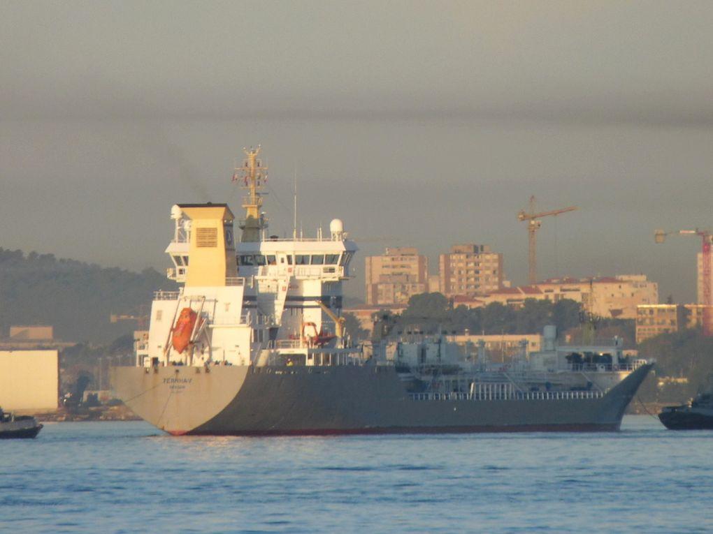 TERNHAV , Dans le port de Toulon