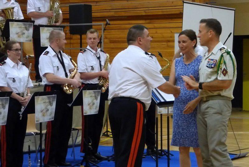 Félicitations et remerciements du Chef de Corps du RMT et de Mme la Maire de Meyenheim