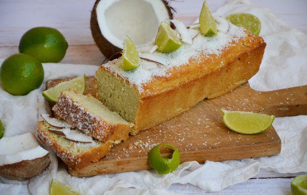 Cake moelleux à la noix de coco et citron vert