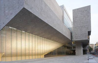 YVONNE FARRELL AND SHELLEY MCNAMARA (GRAFTON ARCHITECTS)  ARE THE 2020 PRITZKER PRIZE