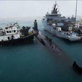 """Le sous-marin nucléaire d'attaque """"Émeraude"""" fait escale à la base navale américaine de Guam"""
