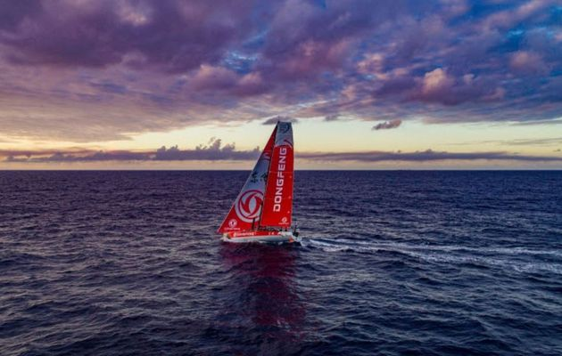 Tactical battles ensue as Volvo Ocean Race fleet navigates St Helena High