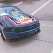 13 FORD MUSTANG GT HOT WHEELS 1/64 - MUSTANG 2013 - car-collector.net