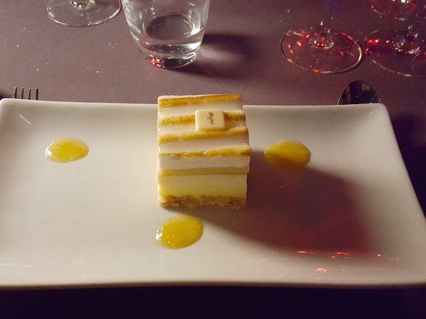 Noix de Saint-Jacques, potimarron et châtaignes - Filet de bar, légumes, bouillon de langoustines et épeautre - Entremets citron meringué