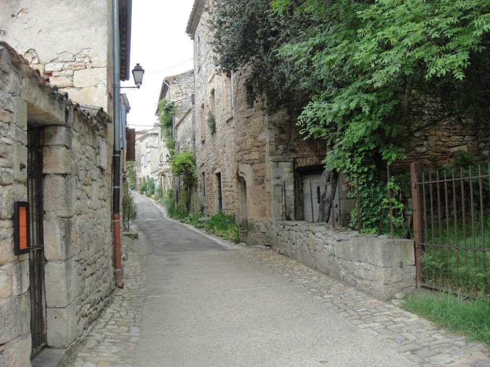 """BRUNIQUEL """"Un des plus beaux villages de France"""" dominé par ses châteaux"""