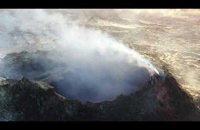 Activité de La Cumbre Vieja, du Fuego, de Fagradalsfjall et du Merapi