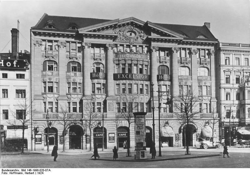 Rosa Luxemburg dans la révolution allemande. 11.11.1918, La ligue spartakiste est créée.