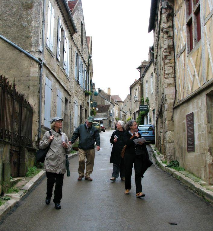 Les sorties : Samedi 12 octobre 2013 : Visite de Brienon Théâtre perché, lavoir. lundi 14 octobre 2013 : Vézelay, Chablis, Pontigny. FIN !!!