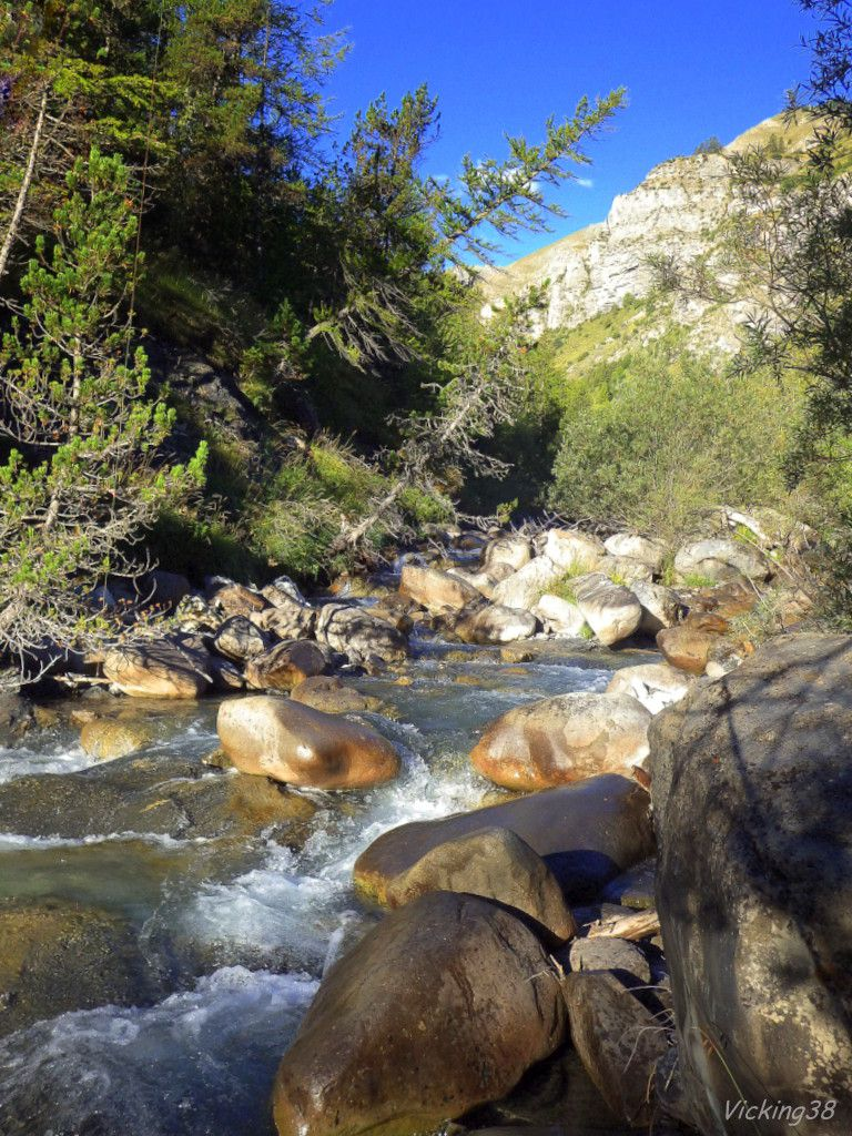 TORRENT (LE) FOU CHANTANT DES ALPES MARITIMES.