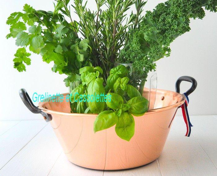 On peut l'utiliser pour rassembler les herbes aromatiques...