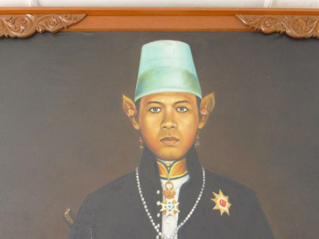 J16 - Borobudur