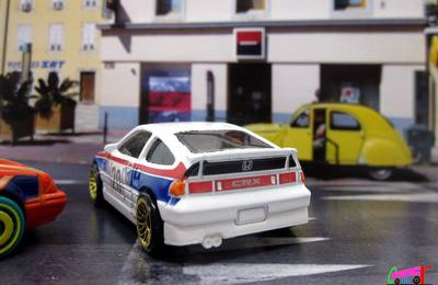 88 HONDA CR-X HOT WHEELS 1/64.