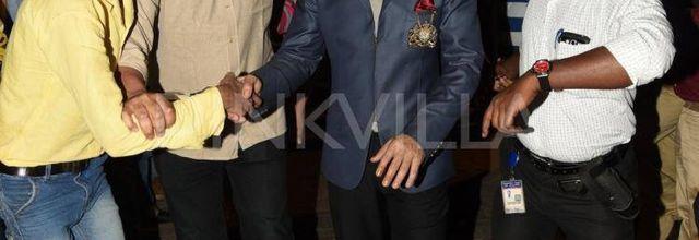Photos : Shah Rukh Khan dans les studios de Mumbai