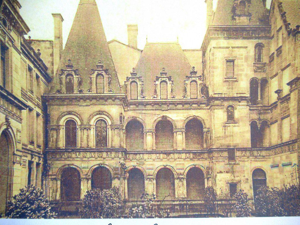 La Maison Henri II à La Rochelle - mon dessin du 21 octobre 2020