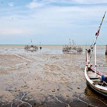 Pantai Talang Siring di Pamekasan yang Menawan