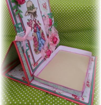 Pour le plaisir d'offrir.... une boîte à post-it !! ☆