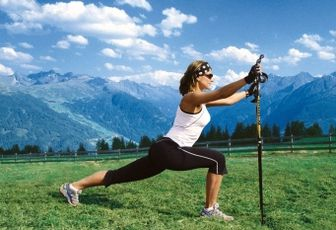 Yoga e nordic walking si incontrano