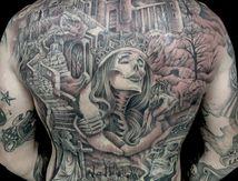 tatouage dos complet