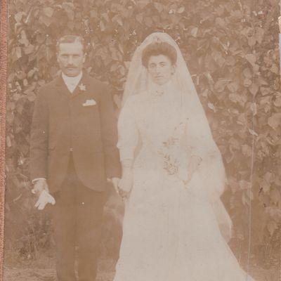 Emilie, Jules, le mariage et la vie à Dinard