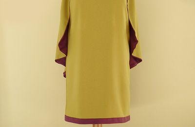 Robe cape Béatrice en crêpe