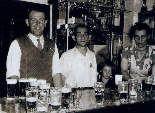 Le local du football vers 1950.