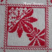 SAL : Plaid Broderie Rouge... Grille 55/C5 - Chez Mamigoz