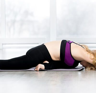 Two Yoga poses for Beginners that are Perfect before Stretching