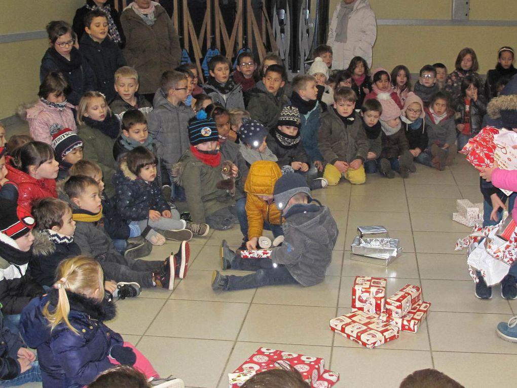 Le Père Noël est passé à l'école