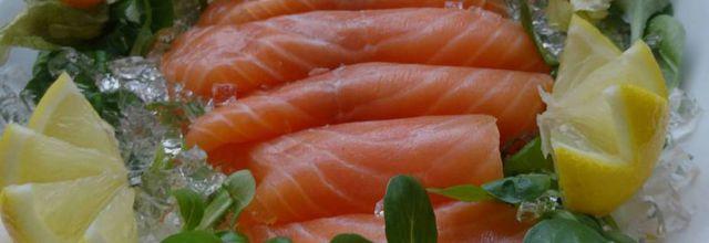 Présentation saumon fumé Noël 2018 et table