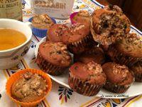 Muffins au sarrasin, huile de noisette, noix et pépites de chocolat noir