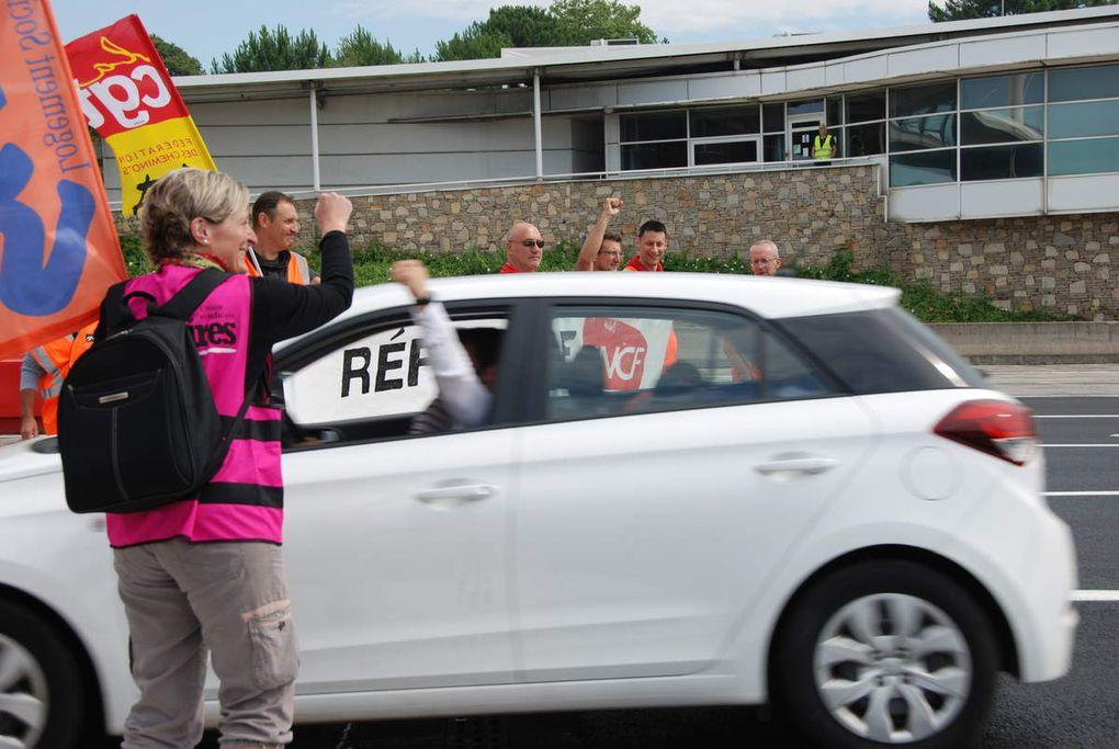 Cheminots en lutte au péage de Biarritz le 7 juillet 2018