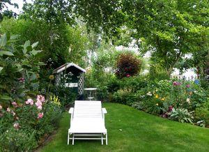 Sonntag im Cottage-Garten