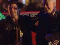 Bono et Adam au NRJ Music Awards -Cannes -04-11-2017