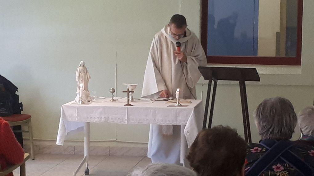 Messe de Pâques à la maison de retraite de Villars