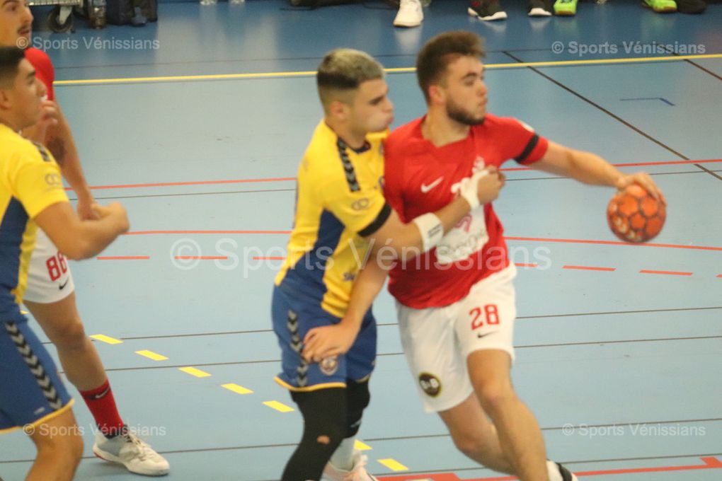 Première réussie pour Vénissieux Handball qui plus est dans un derby et à l'extérieur