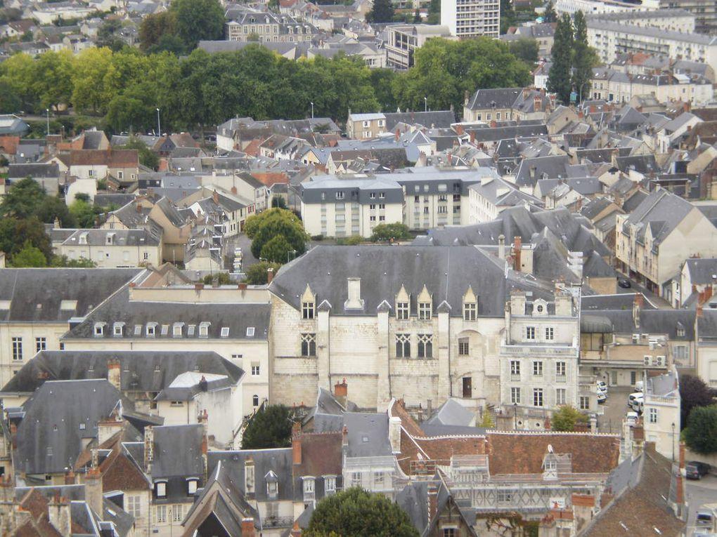 Cathédrale Saint-Étienne de Bourges. Vues de la ville. Photos Rhonan de Bar. CC.2011.