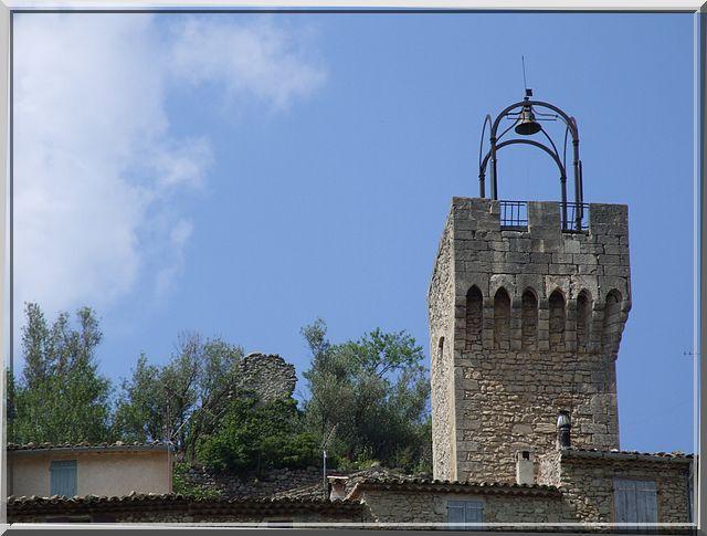 Diaporama château et fortifications de Montbrun les Bains