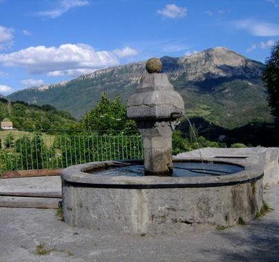 La fontaine de Blieux