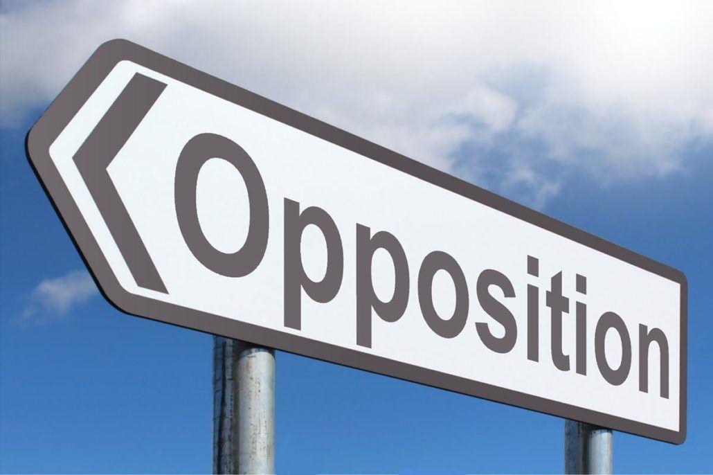 Recherche opposition désespérément....