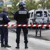 Ce que l'on sait de l'attaque de policiers aux cocktails Molotov à la Grande Borne