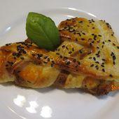 Feuilletés tressés aux crevettes, crème au pesto - www.sucreetepices.com