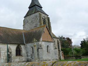 Vues extérieures de Notre-Dame de Surtauville (photographies d'Armand Launay, novembre 2013).
