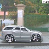 CADILLAC ESCALADE TOONED HOT WHEELS 1/64 - car-collector.net
