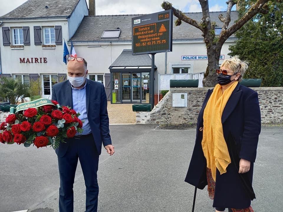 Hommage à François MITTERRAND en présence de Mme HEULOT, Maire de Ruaudin